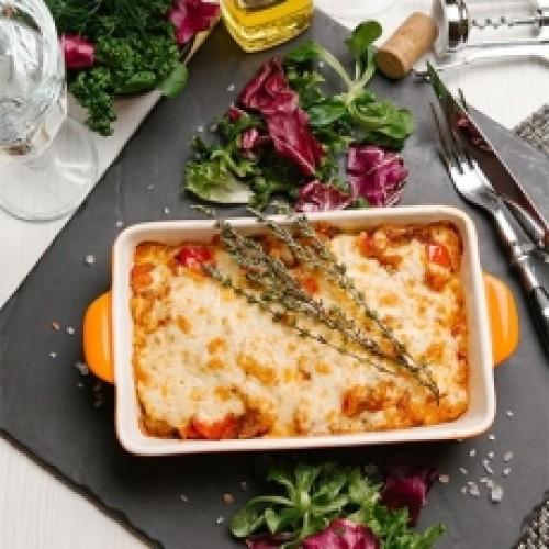 Рыба с овощами и соусом гаспаччо