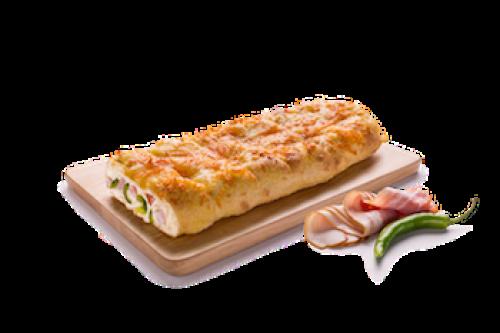 Хлебец с беконом и халапеньо
