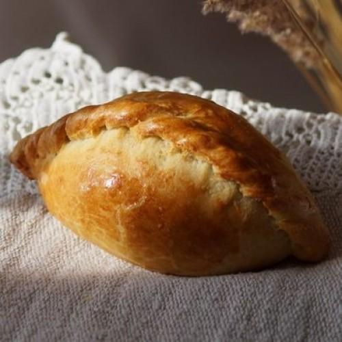 Пирожки с беконом и сладким перцем