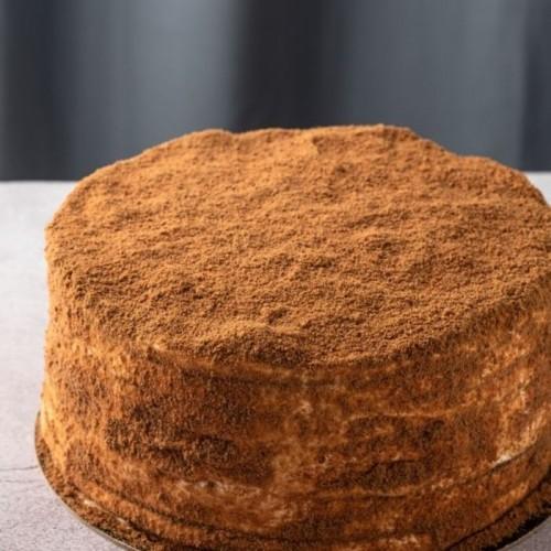 Торт Медовик Шоко классический с шоколадной посыпкой